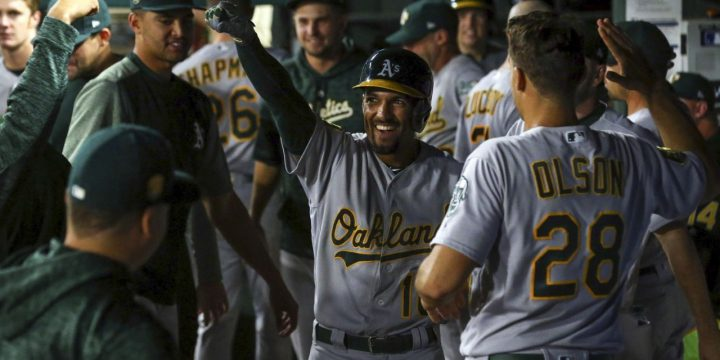 Semien's tiebreaking homer in 9th sends A's past Rangers 9-4