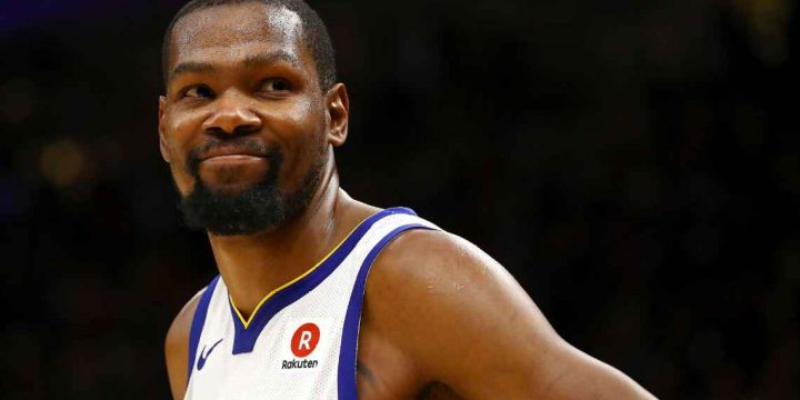 Warriors' Kevin Durant named Humanitarian of Year for positive leadership in community