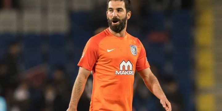 Arda Turan questioned by police after fight with Turkish pop star