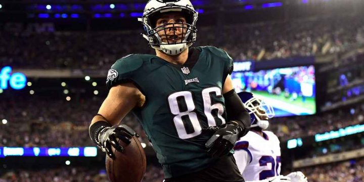 Gronk? Kelce? Right now, NFL's top tight end may be Zach Ertz