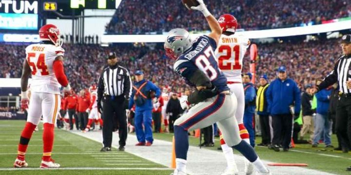 Gronk 2.0? Travis Kelce doesn't see it that way