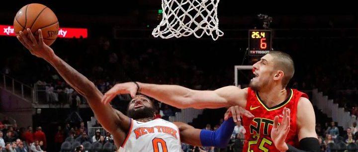 Knicks beat Hawks to end team-record 18-game losing streak