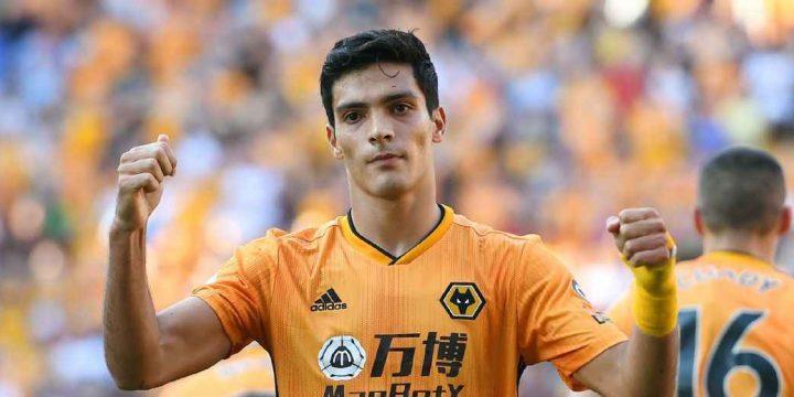 El Tri's Jimenez helps Wolves get last-gasp draw