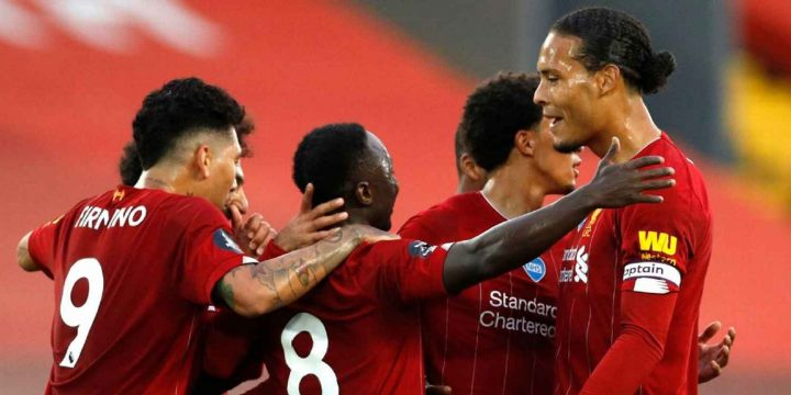 Liverpool lift Premier League trophy after Chelsea thriller