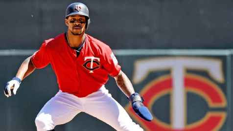 Twins CF Byron Buxton day-to-day with midfoot sprain