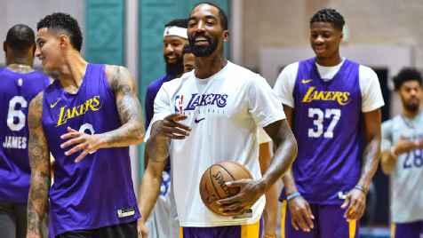 NBA extends streak of spotless coronavirus testing in Orlando