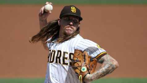 Mike Clevinger to have Tommy John surgery after re-signing with Padres
